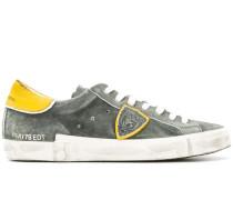 Sneakers im Used-Look