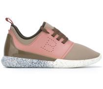 Perforiertes Sneakers mit Schnürung - women