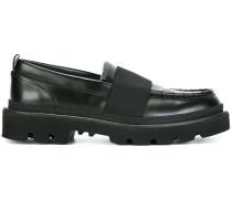 Loafer mit Riemen
