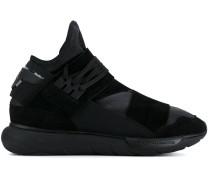 Sneakers mit Querriemen