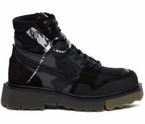 Hiking-Sneakers mit Pfeilen