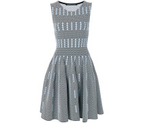 Gestricktes Intarsien-Kleid