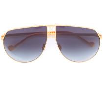 Pilotenbrille mit schwarzen Gläsern