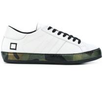 D.A.T.E. Sneakers mit Kontrastsohle
