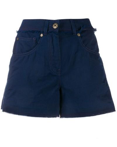 Klassische Shorts