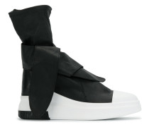 High-Top-Sneakers mit Knoten