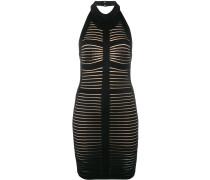 Rückenfreies Kleid ohne Ärmel