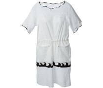 Kleid mit dekorativen Löchern