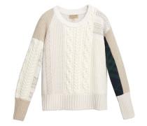 Pullover mit Kontrasteinsätzen