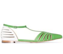 Flache Sandalen mit Riemen