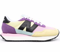 237 Sneakers