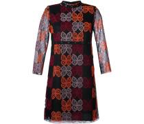Kleid mit Schmetterlingsstickereien
