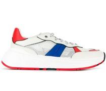 'Speeds' Sneakers