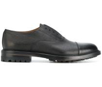 Oxford-Schuhe mit kontrastierender Kappe