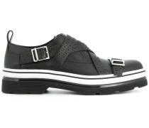 Monk-Schuhe mit gestreifter Sohle