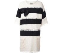 Gestreiftes Kleid mit Spitzen-Overlay