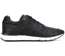 Sneakers mit Schraffurmuster - men