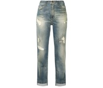 Taillenjeans mit Distressed-Detail