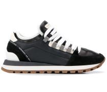 Sneakers mit Wildledereinsatz