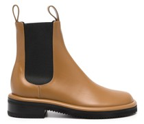 Pipe low-heel ankle boots
