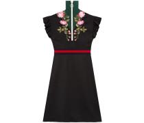 Jersey-Kleid mit Stickerei
