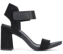 'Yenta' sandals