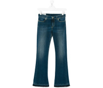 Jeans mit ausgestellem Bein