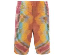 Knielange Shorts mit Batikmuster