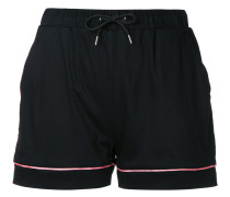 Shorts mit Paspelierung