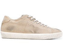 Sneakers in Distressed-Optik