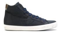 High-Top Sneakers mit kontrastierender Sohle
