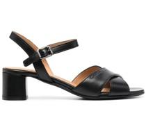 Sandalen mit überkreuzten Riemen 50mm