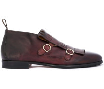 Schuhe mit Schnalle