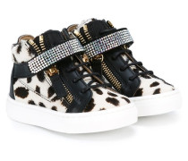 High-Top-Sneakers mit Kuh-Print