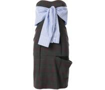 Kariertes Kleid mit Knoten