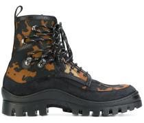 Stiefel mit CamouflagePrint