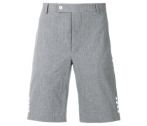 Shorts mit seitlicher Knopfleiste