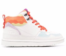 W Highland Sneakers