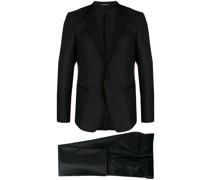 Strukturierter Anzug