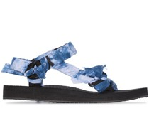 Flache Sandalen mit Bandana-Riemen