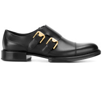 Loafer mit seitlichen Schnallen