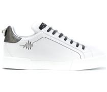Klassisches Sneakers