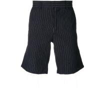 Shorts mit Nadelstreifenmuster