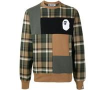 A BATHING APE® Sweatshirt in Colour-Block-Optik