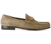 Loafer mit Zierkette