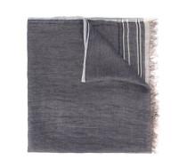 Schal mit ausgefransten Kanten