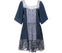 Gepunktetes Kleid mit Spitzeneinsätzen - women