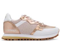 Sneakers mit Metallic-Einsätzen