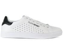 Wide sneakers