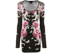 Enges Kleid mit barockem Print